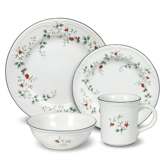 Pfaltzgraff Winterberry 64 Piece Dinnerware Set
