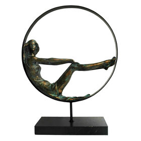Picture of Woman in Circle Figurine