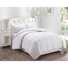 Picture of White Down Alternative Comforter Twin