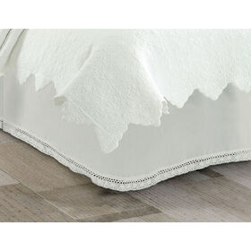Picture of Ivory Lace Bed Skirt - King