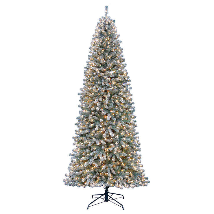 D28 9 ft Pre Lit Richaven Flocked Pine Christmas Tree with